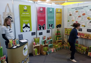 Messestand Tiermesse Eat Small